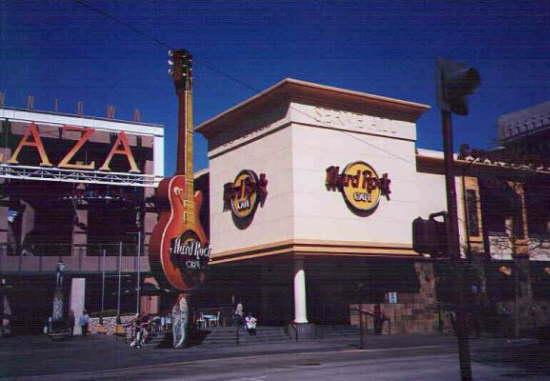 Downtown Plaza / Hard Rock Cafe