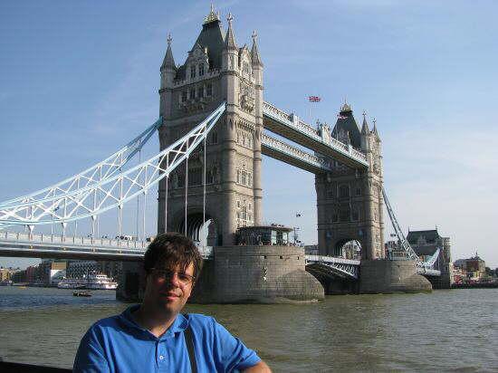 london_b32