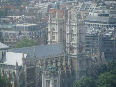 london_b16