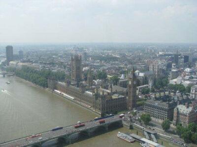 london_b17